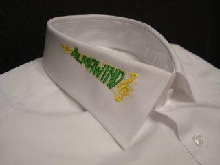 #bestickung #hemd am Kragen. #sticken #veredelung
